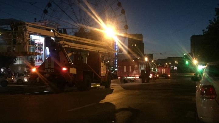 Под утро в Уфе эвакуировали «Мегаполис»