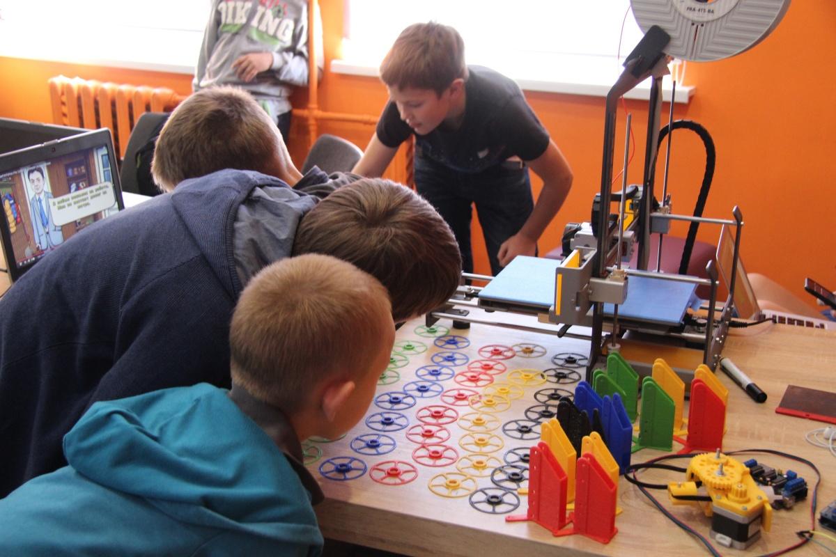 Школьников Нижнего Новгорода научат создавать компьютерные игры