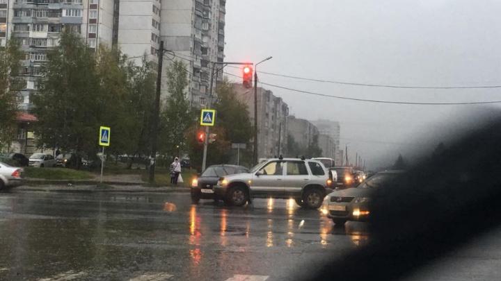Из-за ДТП в Брагино образовалась большая пробка: где не проехать