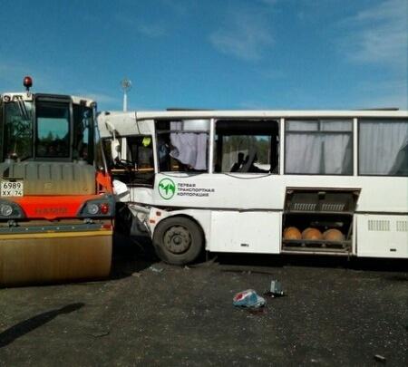 Стало известно число раненых после столкновения рейсового автобуса с бензовозом на Южном Урале