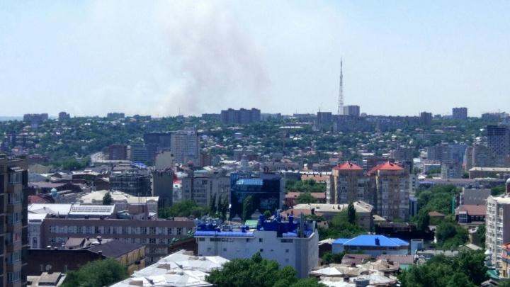 Горел камыш: пожар в Азовском районе был виден даже в Ростове