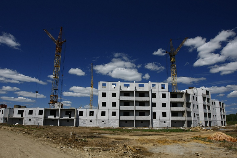 Директор фирмы «Аркона» подписал фиктивный договор о продаже квартир дольщиков