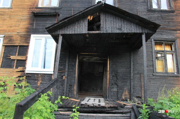 Новостями об очередном сгоревшем деревянном доме никого не удивишь