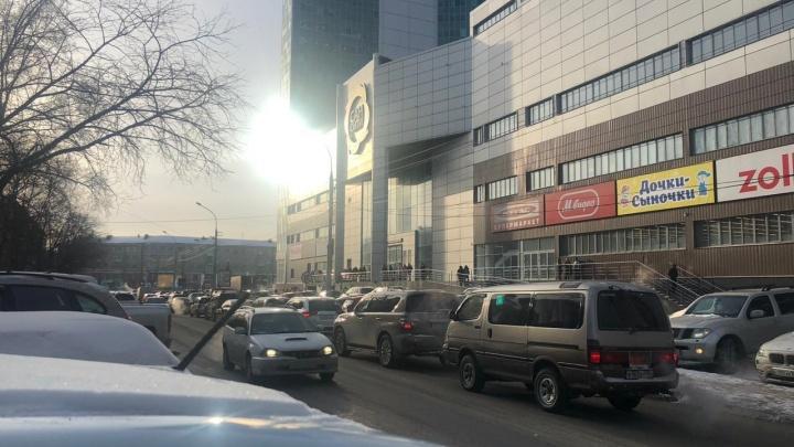 На левом берегу Новосибирска эвакуируют «Сан Сити»