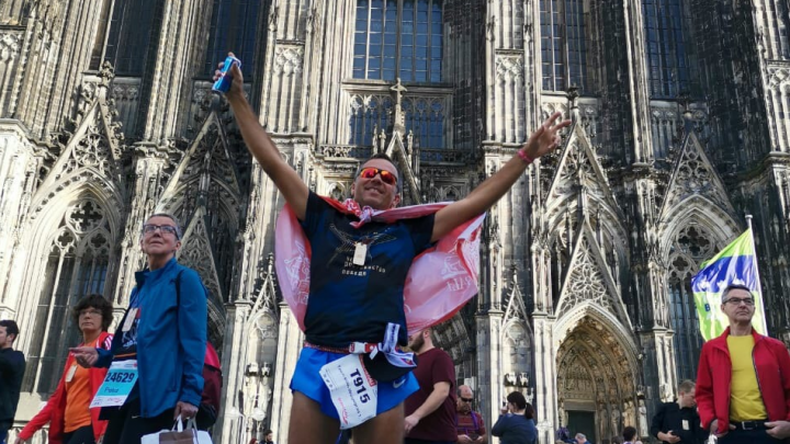 «Приехать в Германию легче, чем уехать из нее»: волгоградцы пробежали марафон по перекрытому Кёльну