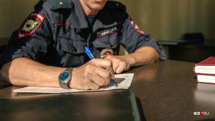 В Самаре полицейские задержали двух сторонников Алексея Навального