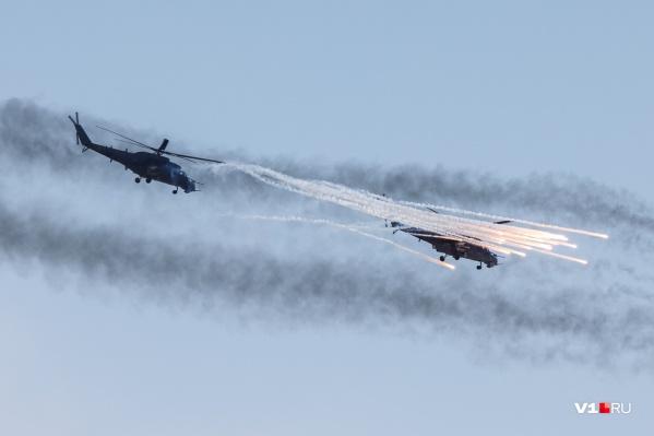 В небе над ЦПКиО пролетят грозные штурмовики и истребители