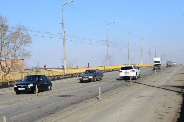Ежедневно по мосту проезжает порядка 16 тысяч автомобилей