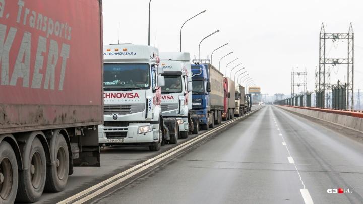 Большегрузы не проедут: с 5 июля ограничат движение по трассе М-5