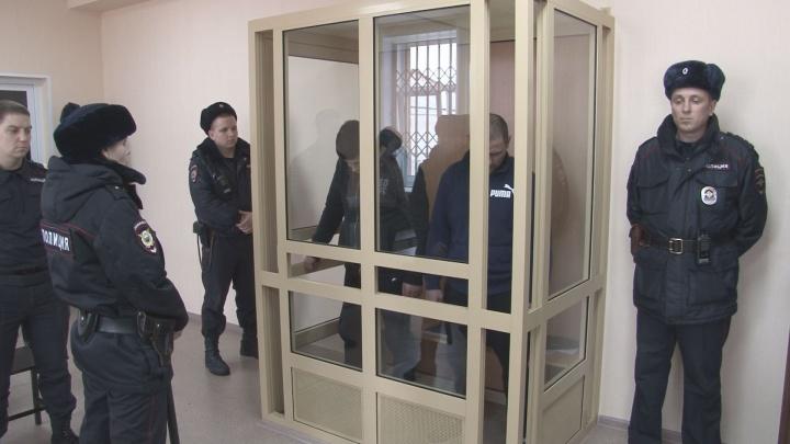 В Прикамье осудили двух грабителей в масках: связав женщину, они вынесли из коттеджа деньги и оружие