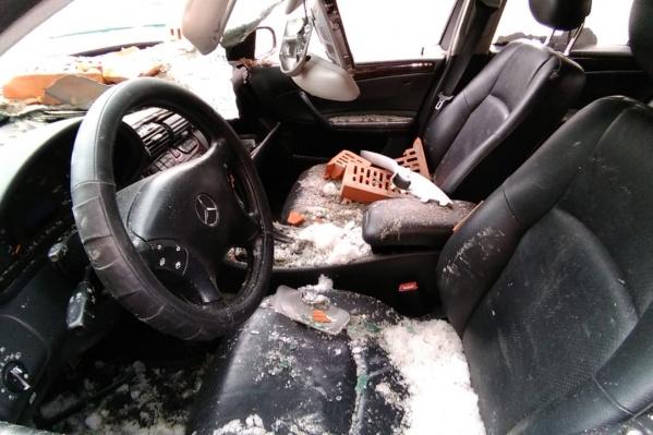Все очевидцы отметили, что не пострадавшему водителю очень повезло