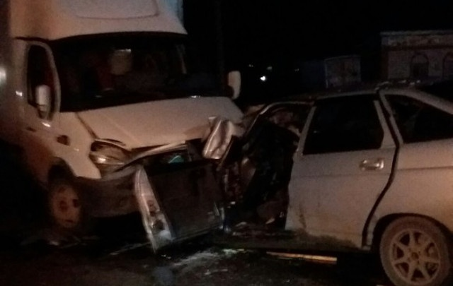 В Прикамье водитель ВАЗа пострадал в ДТП с «Газелью»