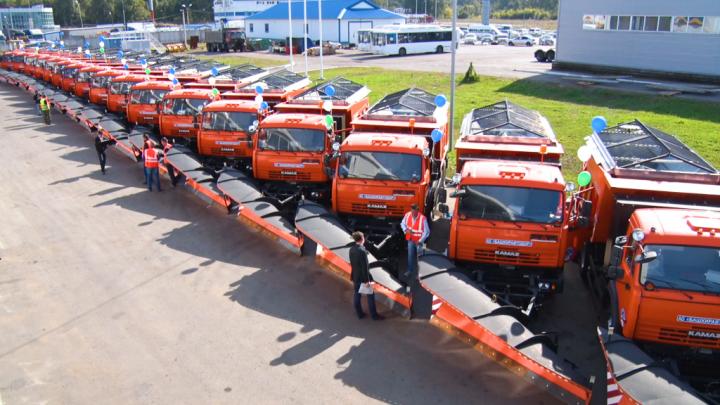 240 миллионов на технику: Гостранс Башкирии получил 40 уборочных машин