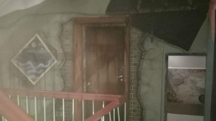 «Подумал, что попал в музей»: в Ярославле нашли дом с оригинальным капремонтом. Фото