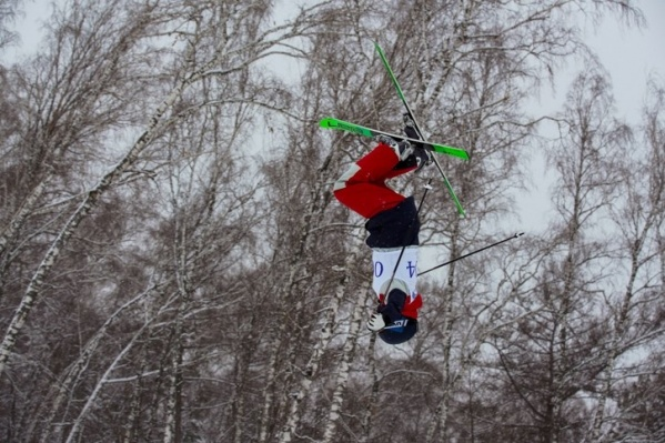 Соревнования по сноуборду на трассах «Сопки» продолжатся до 16 февраля, по фристайлу — до 17-го