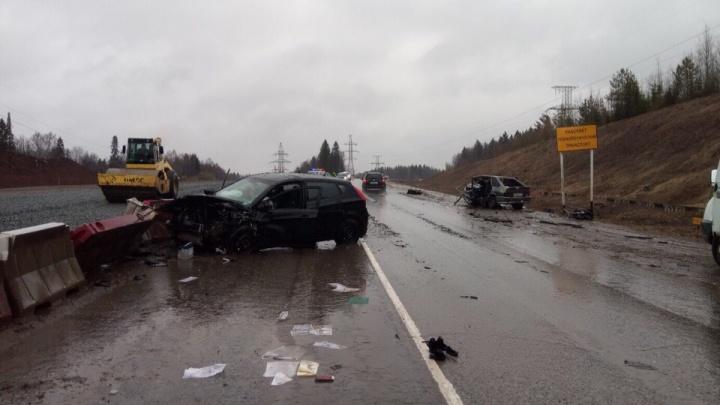 В ДТП на Восточном обходе погиб водитель «Лады». Девушку, управлявшую Hyundai, госпитализировали