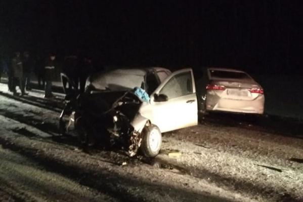 Водитель и пассажир «Лады» скончались на месте