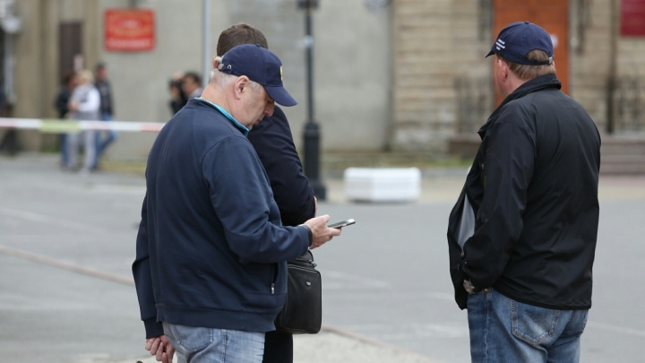 «Решил пожить для себя»: челябинского чиновника, ответственного за киоски, отправили в отставку