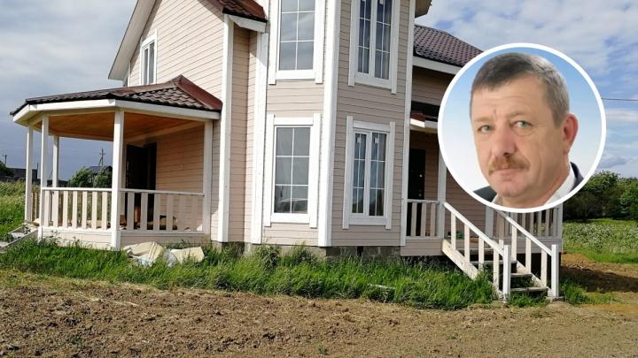 Экс-главу Переславского района осудили за особняки, построенные в неположенном месте