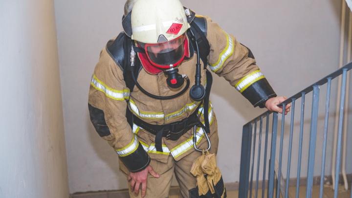 25 этажей и 550 ступеней: в Перми прошел вертикальный забег