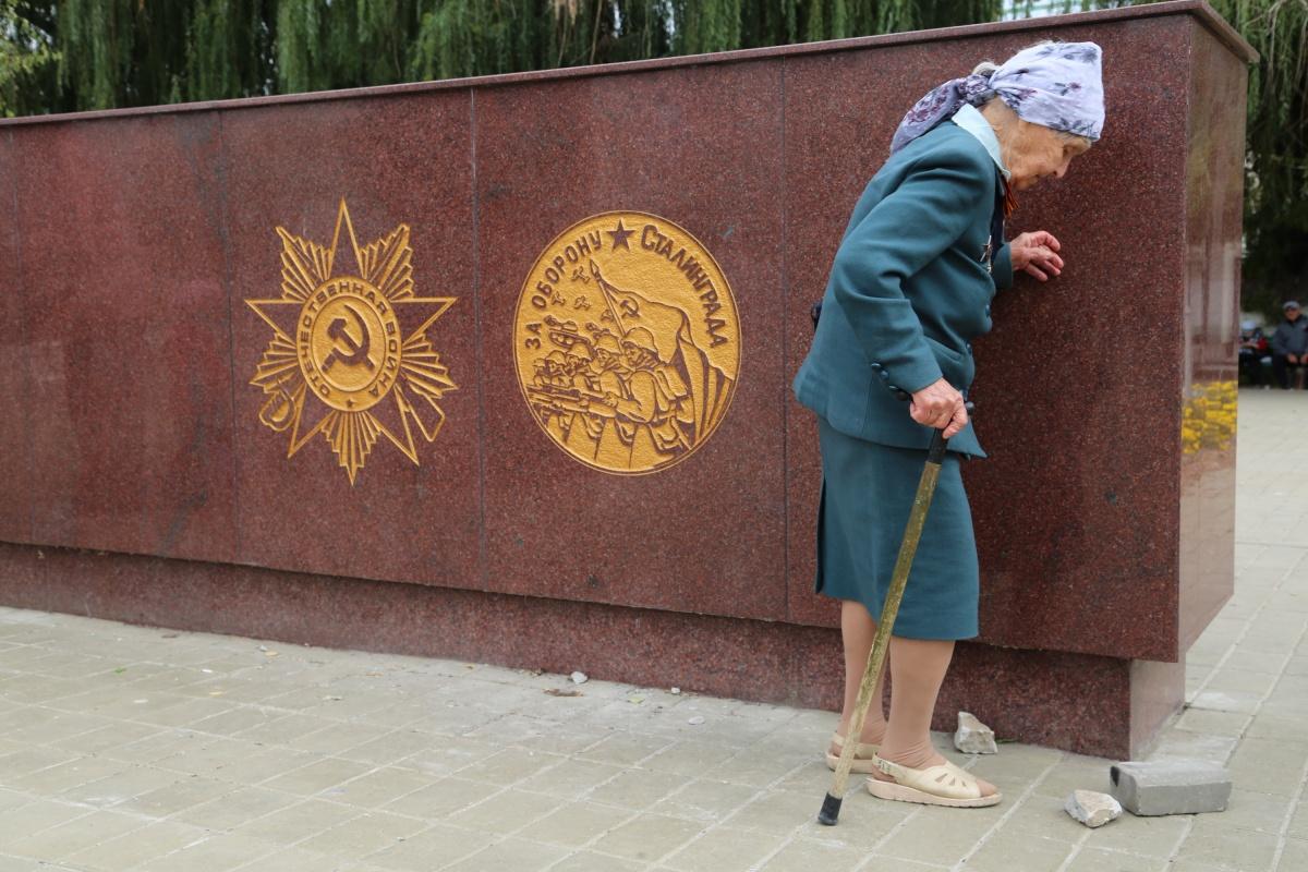 Волгоградские депутаты считают повышение пенсионного возраста в России нормальным