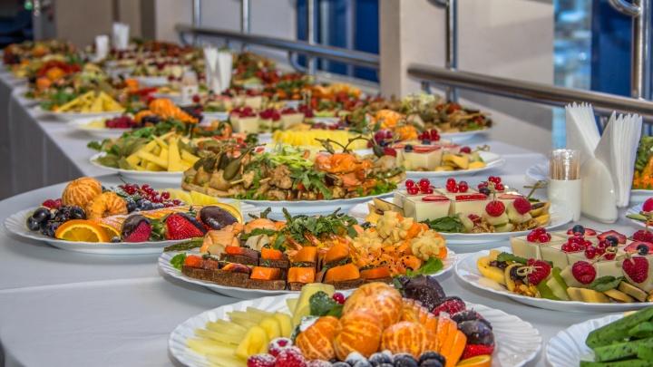 «Ждать чудес от здоровья не стоит»: медики просят самарцев не объедаться на Новый год