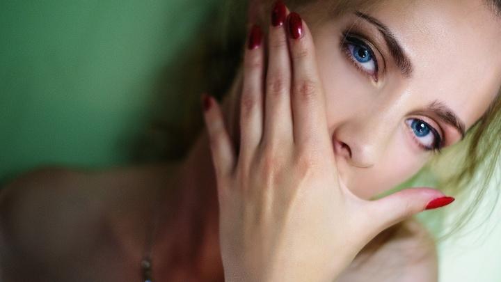 Убери свои руки: 12 ошибок маникюрщиц, которые будут стоить вам красоты