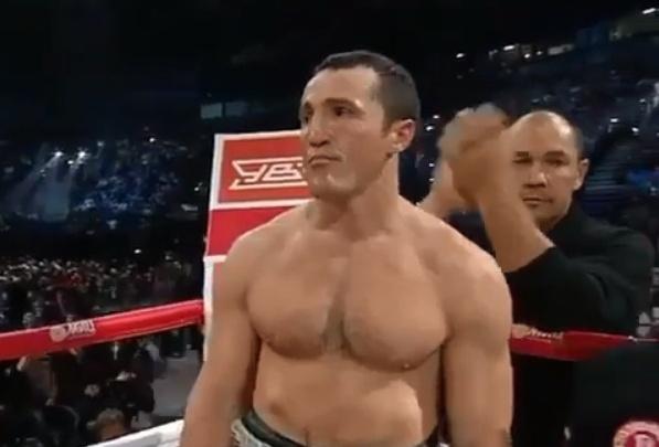 Прославленный Денис Лебедев уступил свой чемпионский титул южноафриканцу
