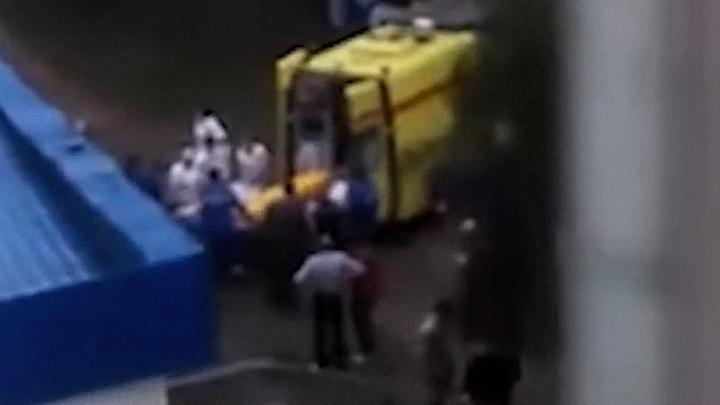 В Уфе беременная женщина выпала из окна