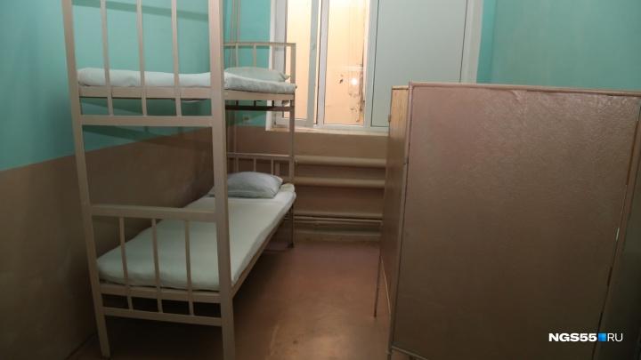 Двоих заключённых продолжают лечить в больнице после бунта в омской колонии