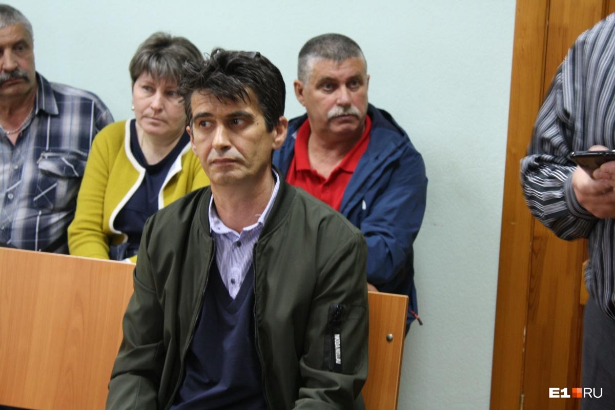 Иван Казаков внешне сохранял в суде железное спокойствие. Сложно сказать, что было у мужчины на душе. С пострадавшими он не перекинулся ни словом