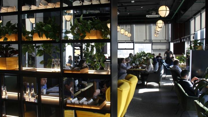 Маргарита ест и пьет: известный шеф-повар открыл ресторан без вывески, но в нем уже не сесть