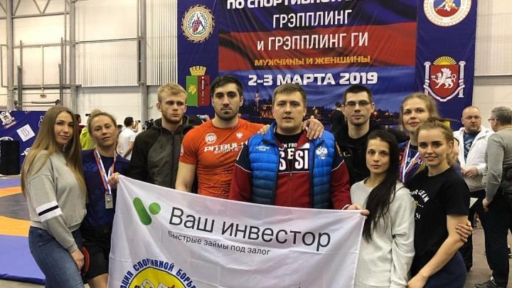 Новосибирцы выиграли 9 медалей чемпионата России по борьбе в кимоно и обтягивающих майках