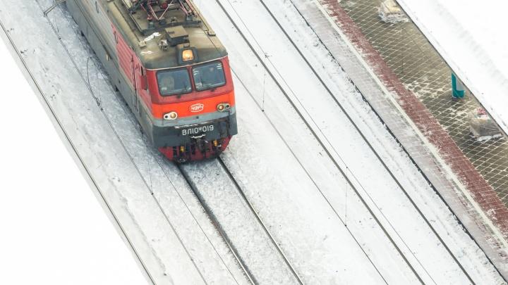 В Самарской области электровоз сошел с рельсов