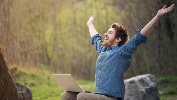 «Все секреты по карманам»: делаем нелегкий выбор между роутером и проводным Wi-Fi