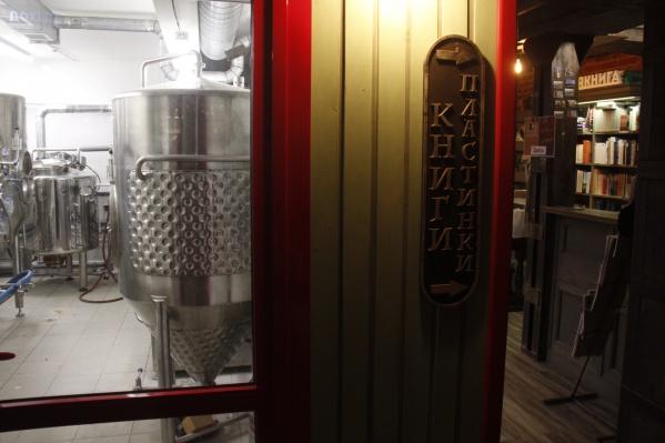 Пивоварню открыли в одном из помещений подвала на улице Ленина, 8