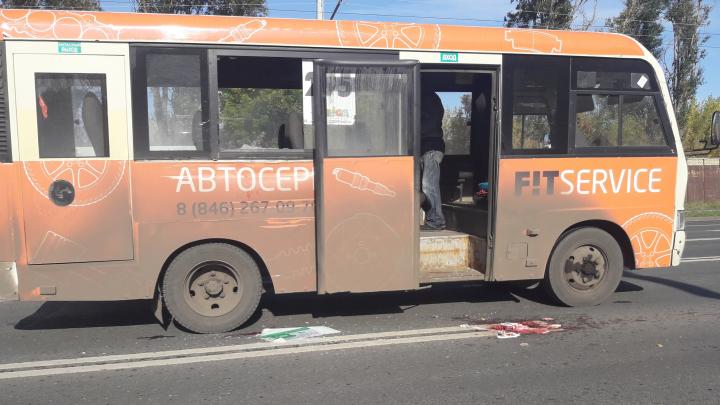 «На дороге была кровь»: на Московском шоссе автобус «продырявил» маршрутку