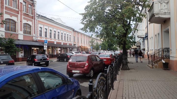 Турист из Бельгии приехал в Ярославль и раскритиковал палатки мэра