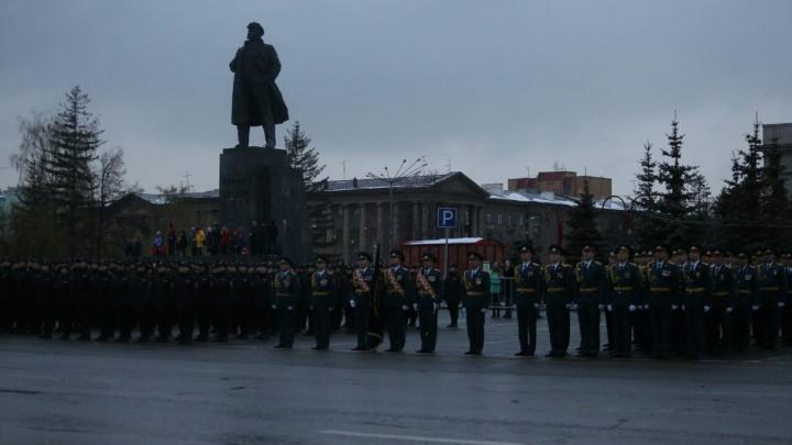 В Красноярске прошла генеральная репетиция парада