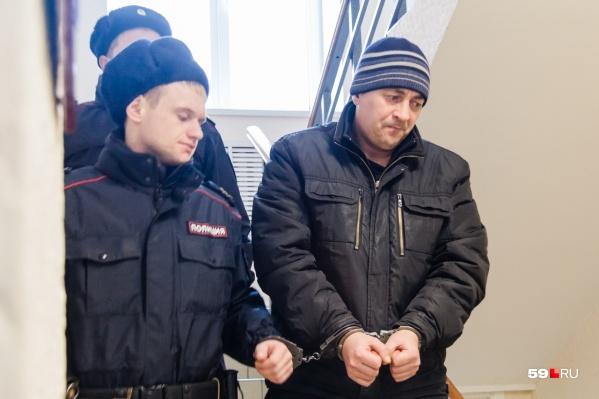 Суд приговорил мужчину к 11 годам колонии строгого режима