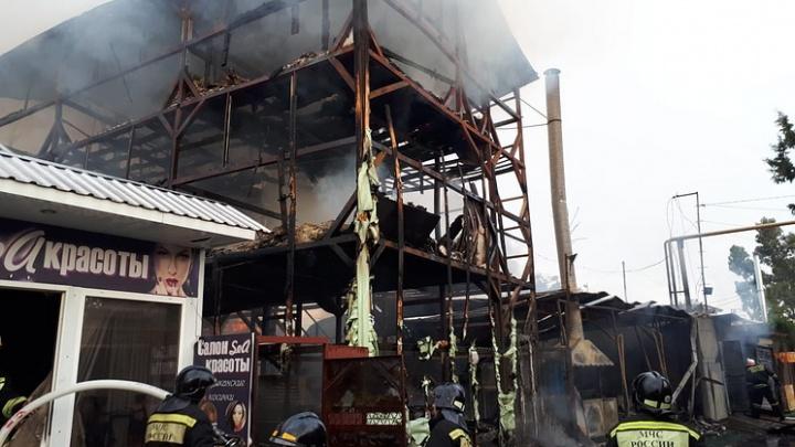 «Попросились переночевать»: две архангелогородки погибли в пожаре в Сочи