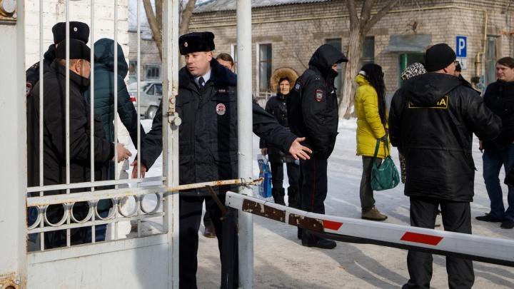 «Угрозы не подтвердились»: все учреждения Волгограда после эвакуации открылись для горожан