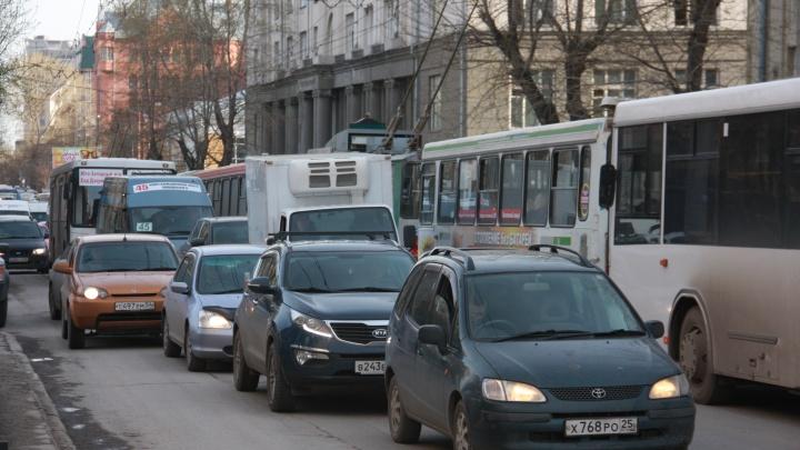 Новосибирская область оказалась аутсайдером по концентрации легковых машин