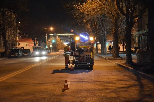 Работы проводятся ночью, когда машин меньше