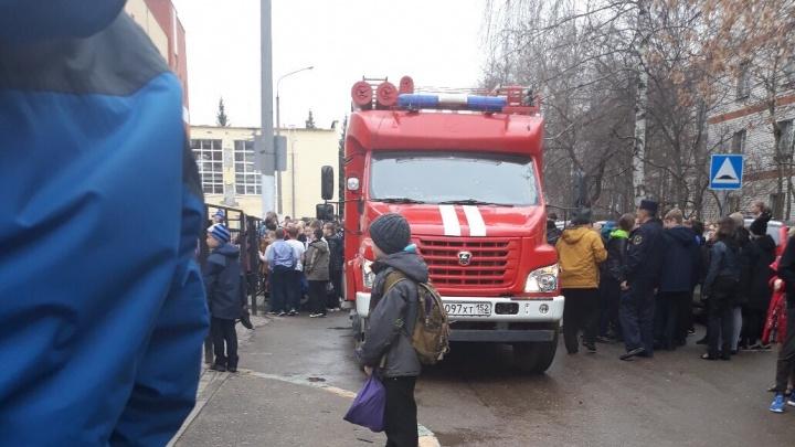 Новая волна эвакуаций школ и больниц в Нижнем Новгороде