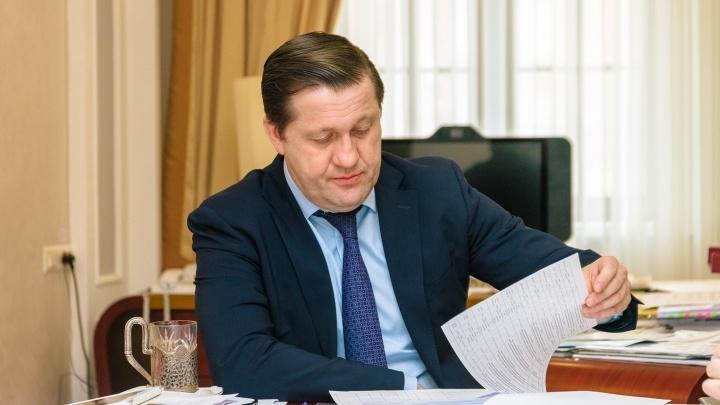 Министр Ратманов отправил в отставку главного врача еще одной больницы