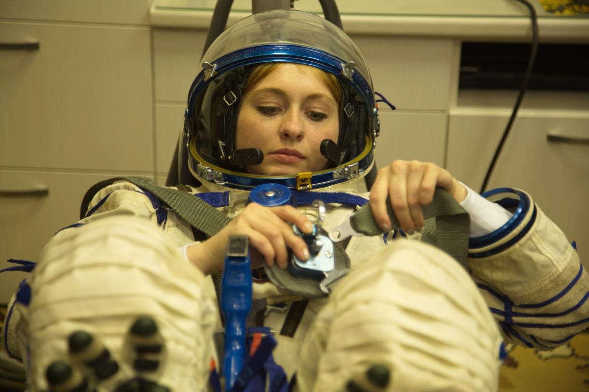 ВЗвездном городке красноярцам устроили виртуальный космический полет