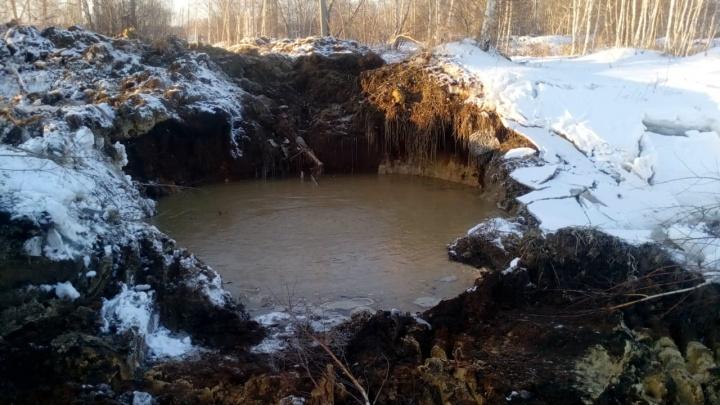 В магазинах началась спекуляция: крупная авария оставила без воды жителей 33 челябинских домов
