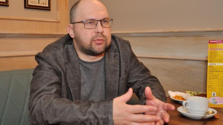 «Будто душа до сих пор заперта в той общаге»: писатель Иванов похвалил фильм, снятый по его роману
