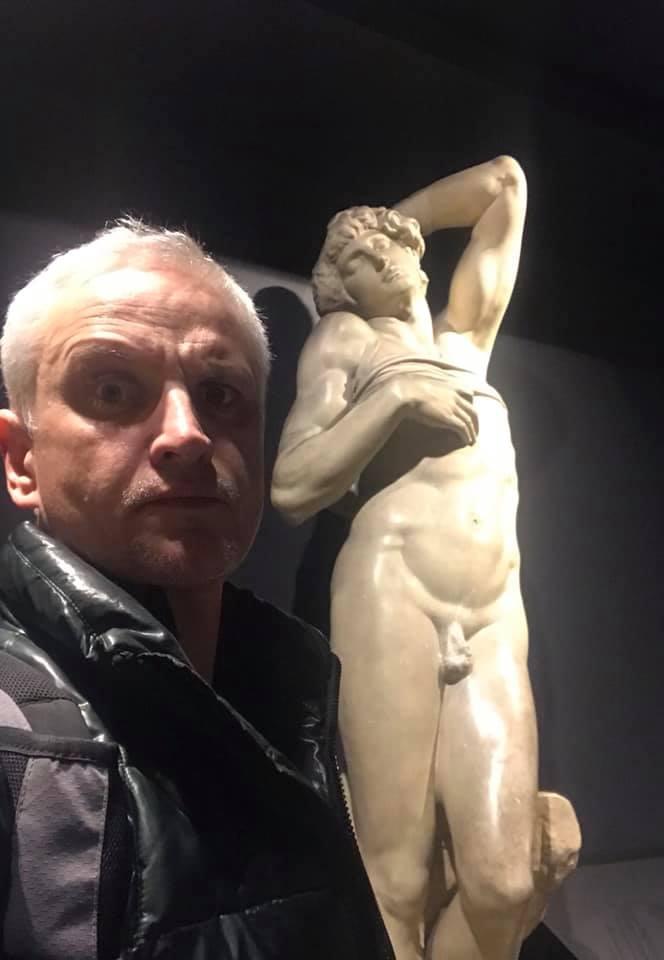К посту Максим Путинцев прикрепил вот это фото